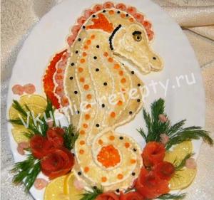 салат с креветками Морской конек фото