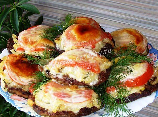 печень с овощами фото