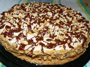 Торт Воздушный Сникерс фото