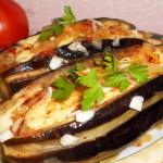 Баклажаны фаршированные овощами и сыром фото