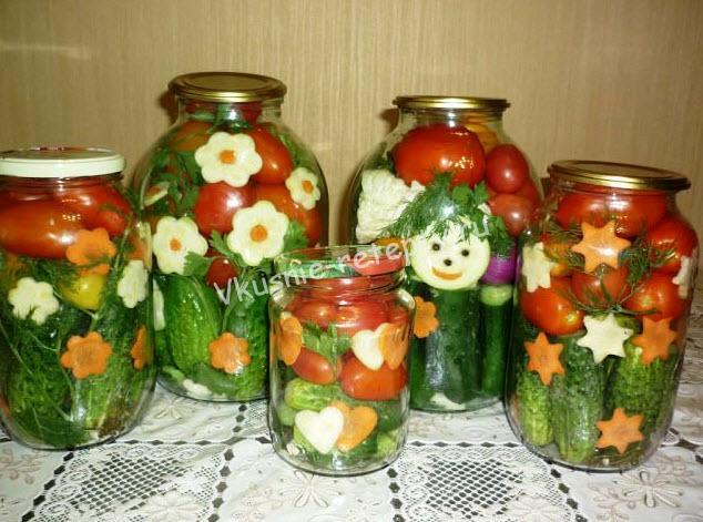 Как мариновать ассорти из огурцов и помидоров 4