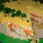 Слоеный салат с копченой курицей и корейской морковью