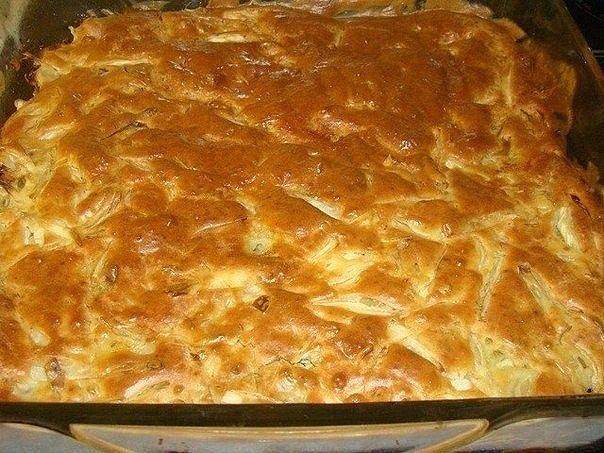 Ленивый пирог с капустой не успевают остыть — их сметают с тарелки. Делюсь рецептом.