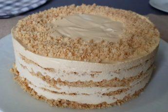 """Изумительный торт """"Крем-брюле"""" — ХИТ ЗАСТОЛИЙ, КОТОРЫЙ СМОГУТ ПРИГОТОВИТЬ ДАЖЕ ДЕТИ!"""