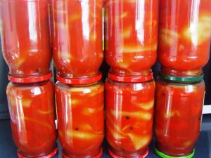 Перец в томатном соке фото