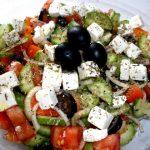 Греческий салат - номер один в нашей семье